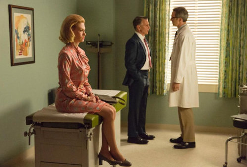 Detectan cancer pulmon a Betty Draper en Mad Men